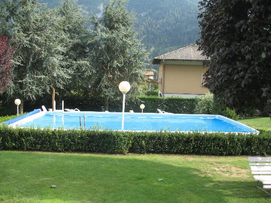 Pippo Hotel: piscina
