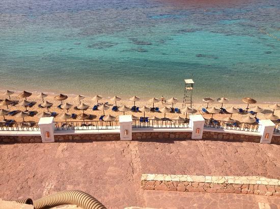 Jaz Fanara Resort & Residence : beach area