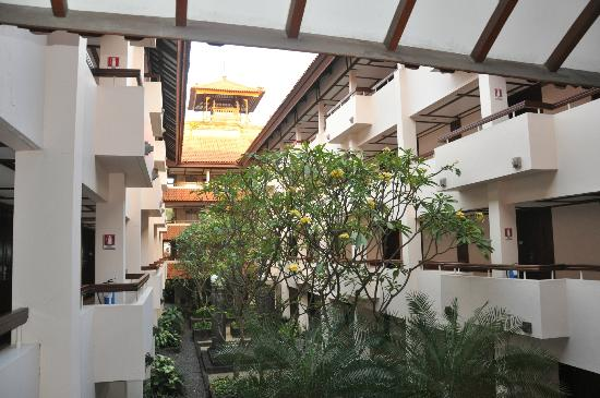 Ramada Bintang Bali Resort: GOOD VENTILATED ROOMS