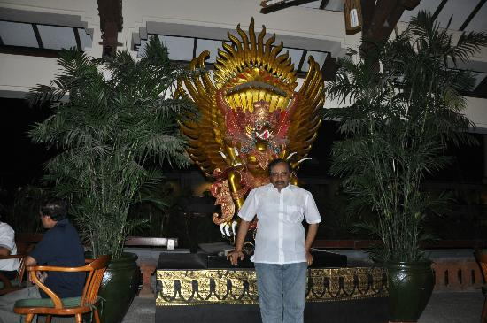 Bintang Bali Resort: PLEASANT LOBBY
