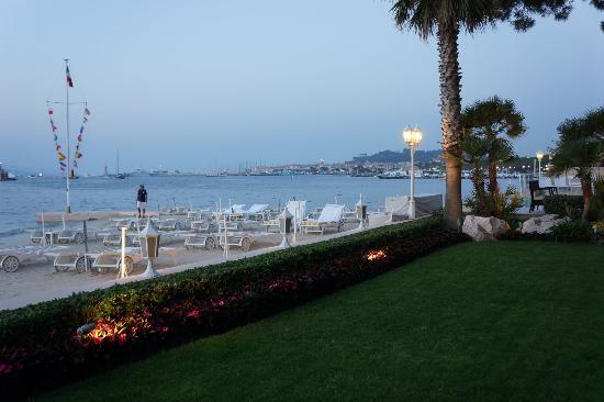 Hotel La Residence de la Pinede: bay view
