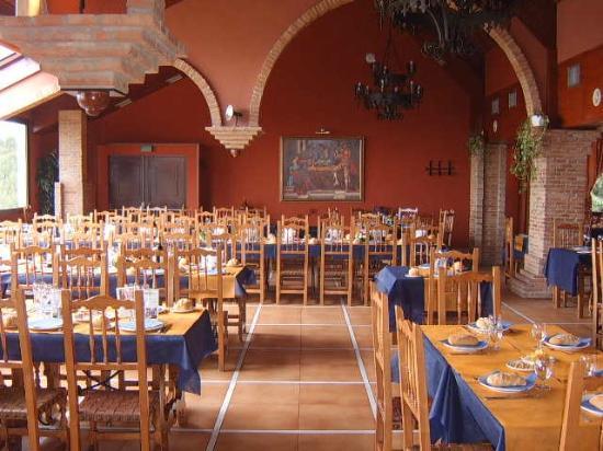 Restaurante Asador el Mirador: Zona derecha del Restaurante