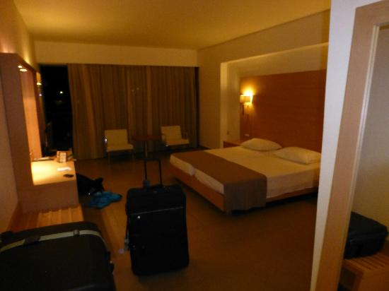 Island Blue Hotel: Room upon arrival