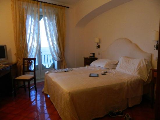 Hotel Montemare: dormitorio