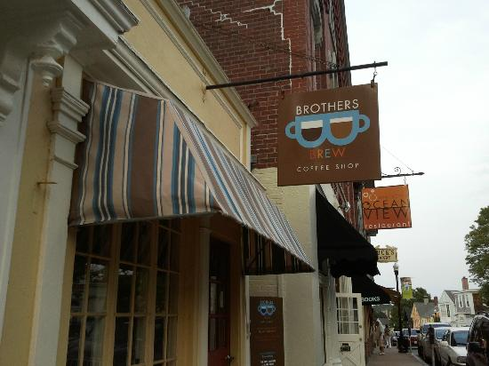 Brothers Brew Coffee Shop : Storefront Mainstreet