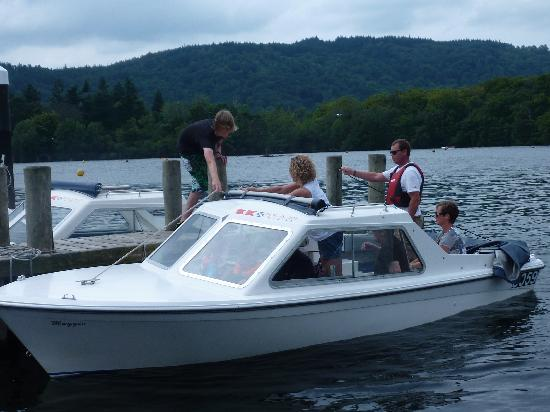 Bowness Bay Marina - Windermere Boat Hire: getlstd_property_photo