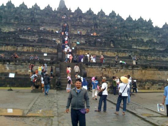 Świątynia Borobudur: jalan ke arah candi