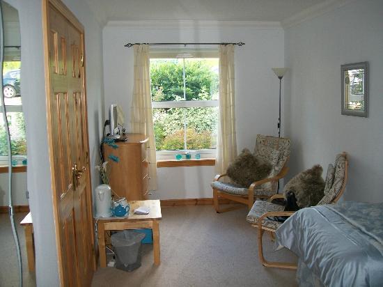 Easter Croftinloan Farmhouse: Chambre