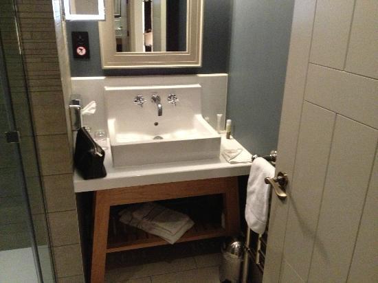 Aspria Bruxelles Royal la Rasante : Room 6, Bath room