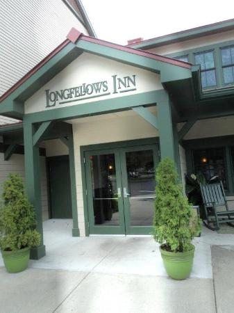 Longfellows Hotel, Restaurant, and Conference Center: The Hotel