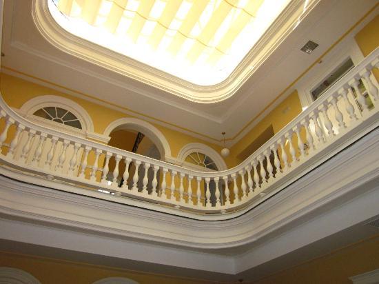 Hotel Las Cortes De Cadiz : Interior del Hotel