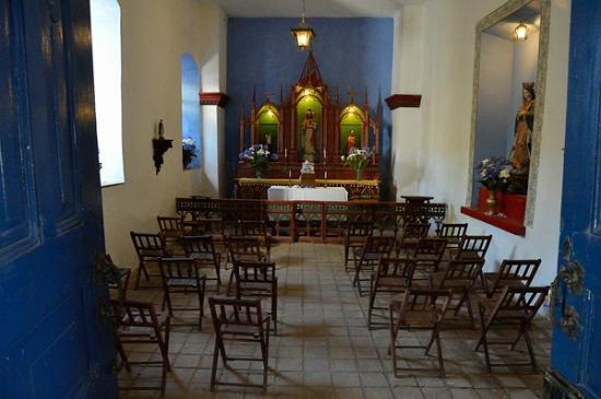 Hacienda Pinsaqui: Chapel