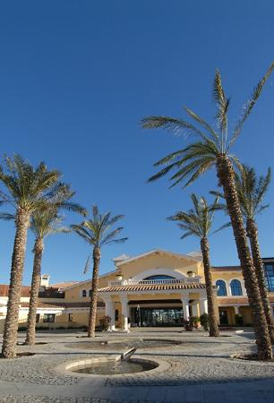 RRP La Torre Golf Resort : Golf Clubhouse & Conference Centre