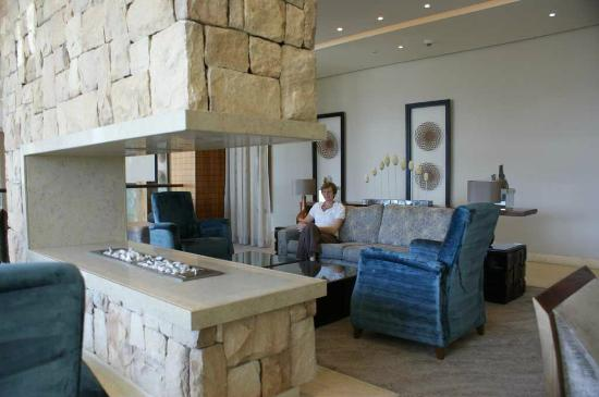 Oubaai Hotel Golf & Spa: lounge area