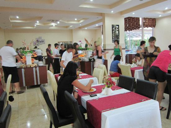 Kemer Dream Hotel: Ресторан
