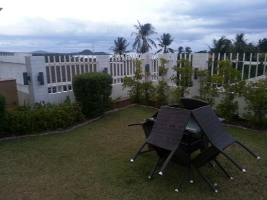 Arisara Place Hotel : roof terrace