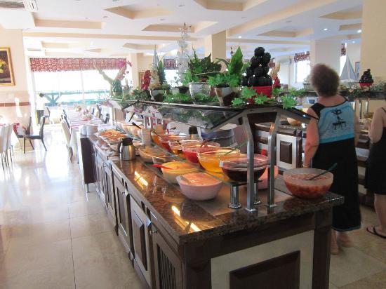 Kemer Dream Hotel : Ресторан в здании отеля