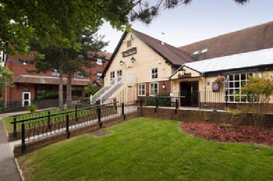 Premier Inn Milton Keynes Central Hotel: .