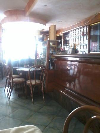 Il Ghiottone Trattoria Ristorante : il bar...:)