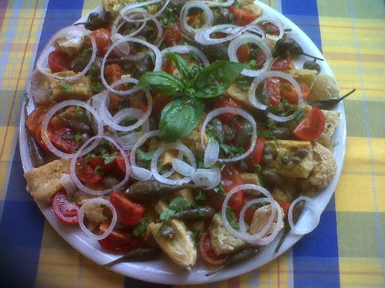 """Pizzeria da Marco: """"PANE CUNZATU""""....ALL'ANTICA...."""