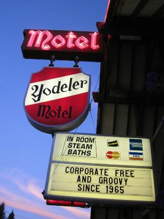 Yodeler Motel: yodeler motel red lodge montana 