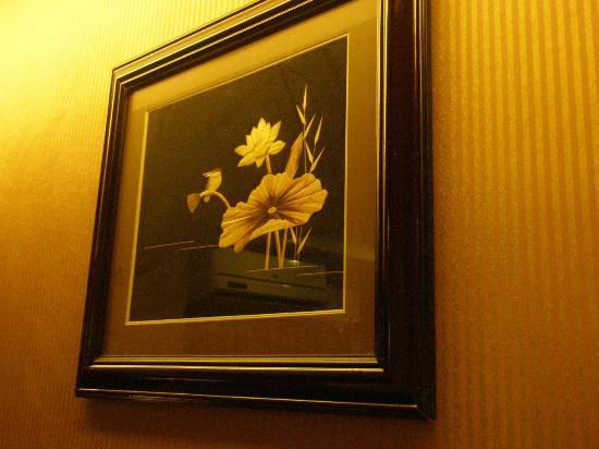 Hotel KRC Palace : Beautiful artwork adorning the wall