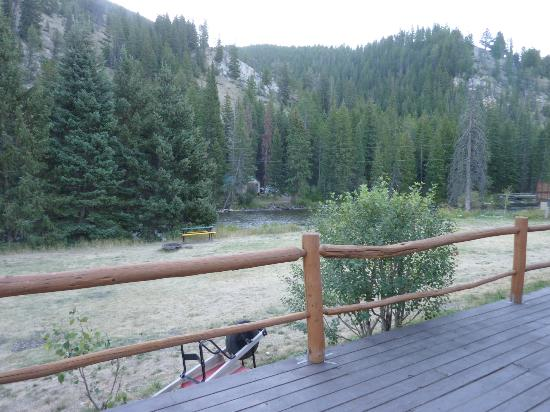 Cinnamon Lodge: View from decking