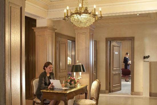 Bedford Hotel Paris Booking
