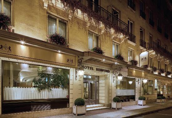 Hotel Rue De L Arcade Paris
