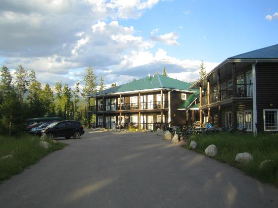 Jasper House Bungalows: View of the Motel - Vue du motel