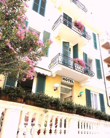Hotel Sabrina: La struttura