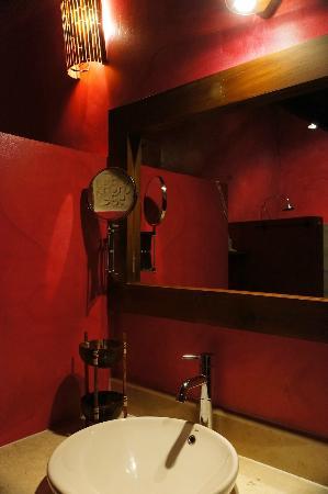 Villa Mitirapa: Master bathroom