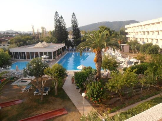Ialyssos Bay Hotel Suneo Club: view of pool from room 255