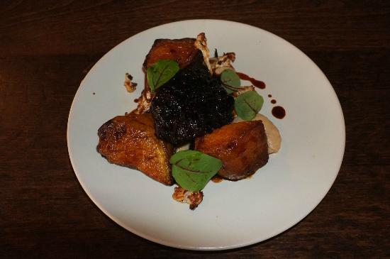 The Endurance : Braised pork cheek, spiced pumpkin, cauliflower, moscatel sauce