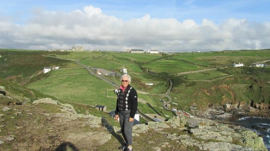 Cape Cornwall Golf & Leisure : Golf course and Club house
