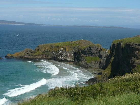 Giant's Causeway: another stunning view