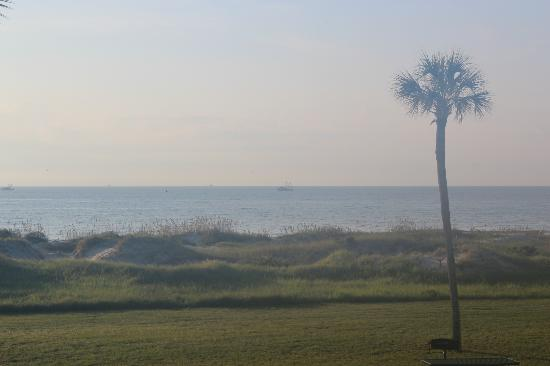 Days Inn & Suites Jekyll Island: Can't see them well but the Shrimp boats were everywhere.