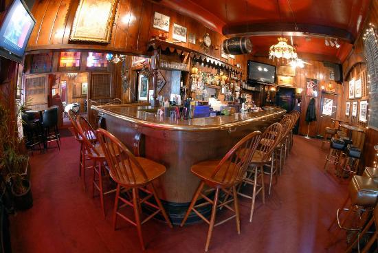 Swingin\u0027 Door Exchange: the bar & the bar - Picture of Swingin\u0027 Door Exchange Milwaukee - TripAdvisor Pezcame.Com