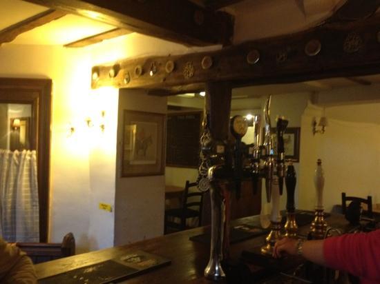 Horse and Jockey: bar shot
