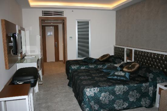 Diamond Hill Resort & Spa: Room