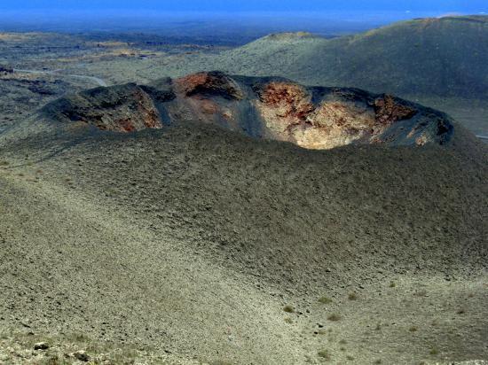Timanfaya National Park: Cratere