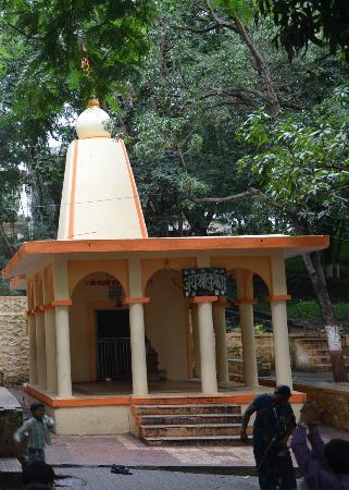 Someshwar Temple : Shri Krishna Mandir