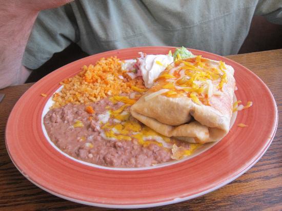 Carlos Miguel's Mexican Bar & Grill: CHIMICHANGA RANCHERA
