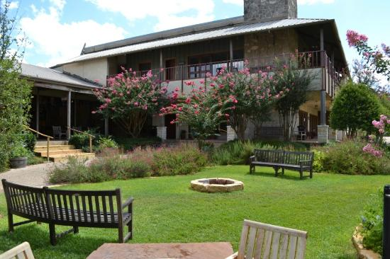 T Bar M Camps & Retreats: Courtyard