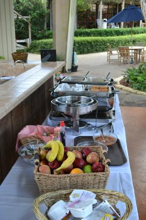 T Bar M Resort: Summertime Buffet Breakfast
