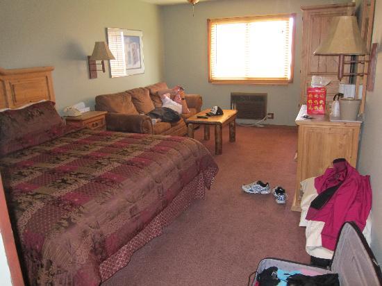 Summit Inn: Room