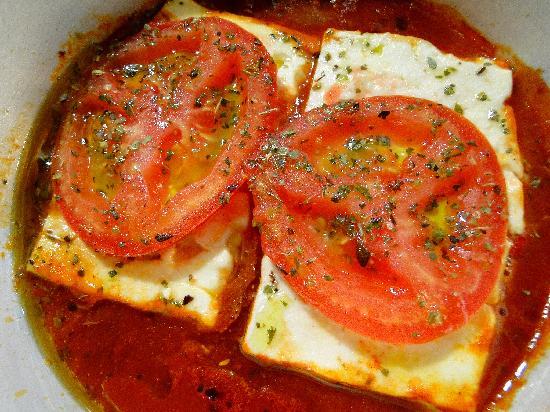 Taverna Tarantella: Фета, запеченная с сыром