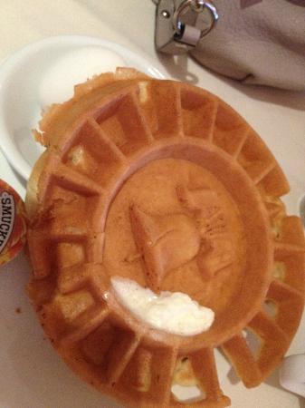 Penn's View Hotel: Waffle