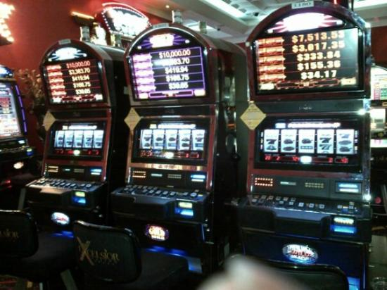 Excelsior Casino Aruba: progressives quick hits!