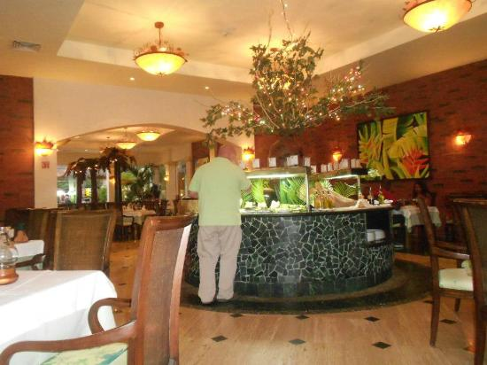 Grand Palladium Riviera Resort & Spa: The Brazilian restaurant---delicious!